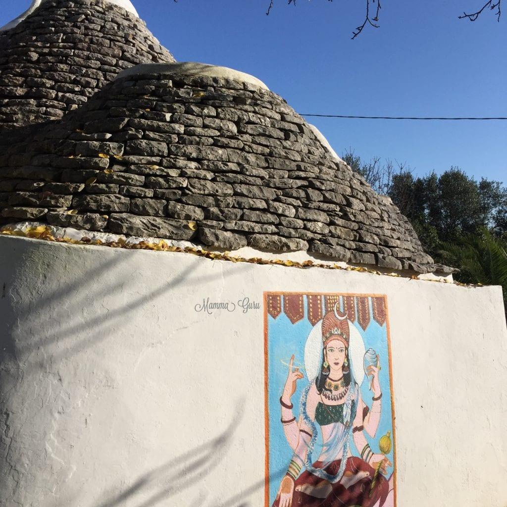 Mamma Guru: Ashram Bhole Baba a Cisternino