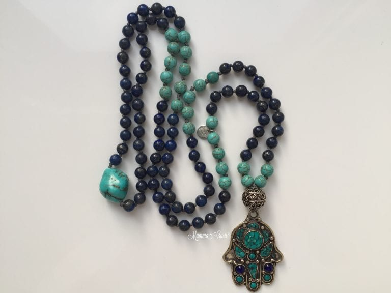 Mano di Fatima collana Mala con Lapislazzuli, Turchese, Howlite